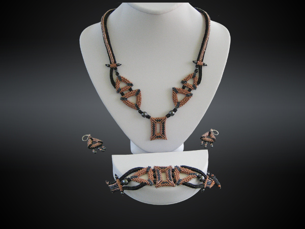 Beaded necklace, bracelet and earring set